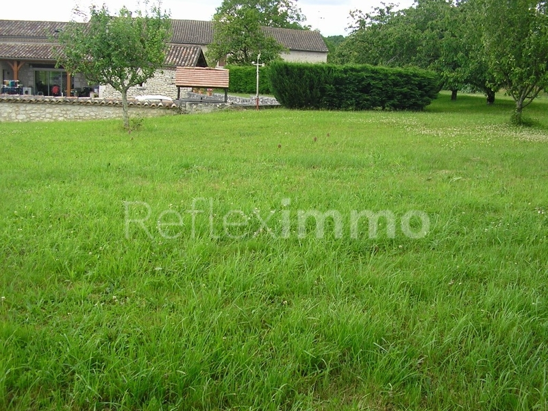 Terrains du constructeur REFLEXIMMO • 800 m² • FONROQUE