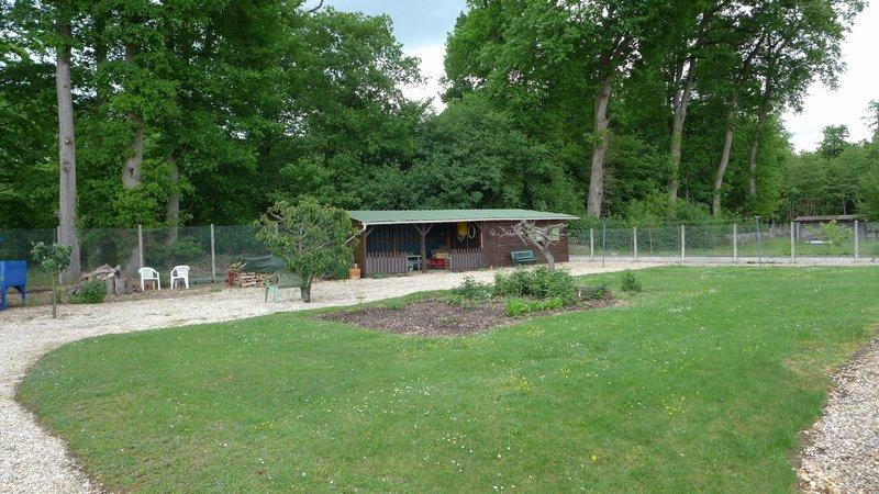 Terrains du constructeur AGENCE LATOUR • 741 m² • DREUX