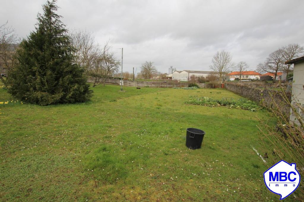 Terrains du constructeur MBC IMMO • 1250 m² • SAINT FLORENT LE VIEIL