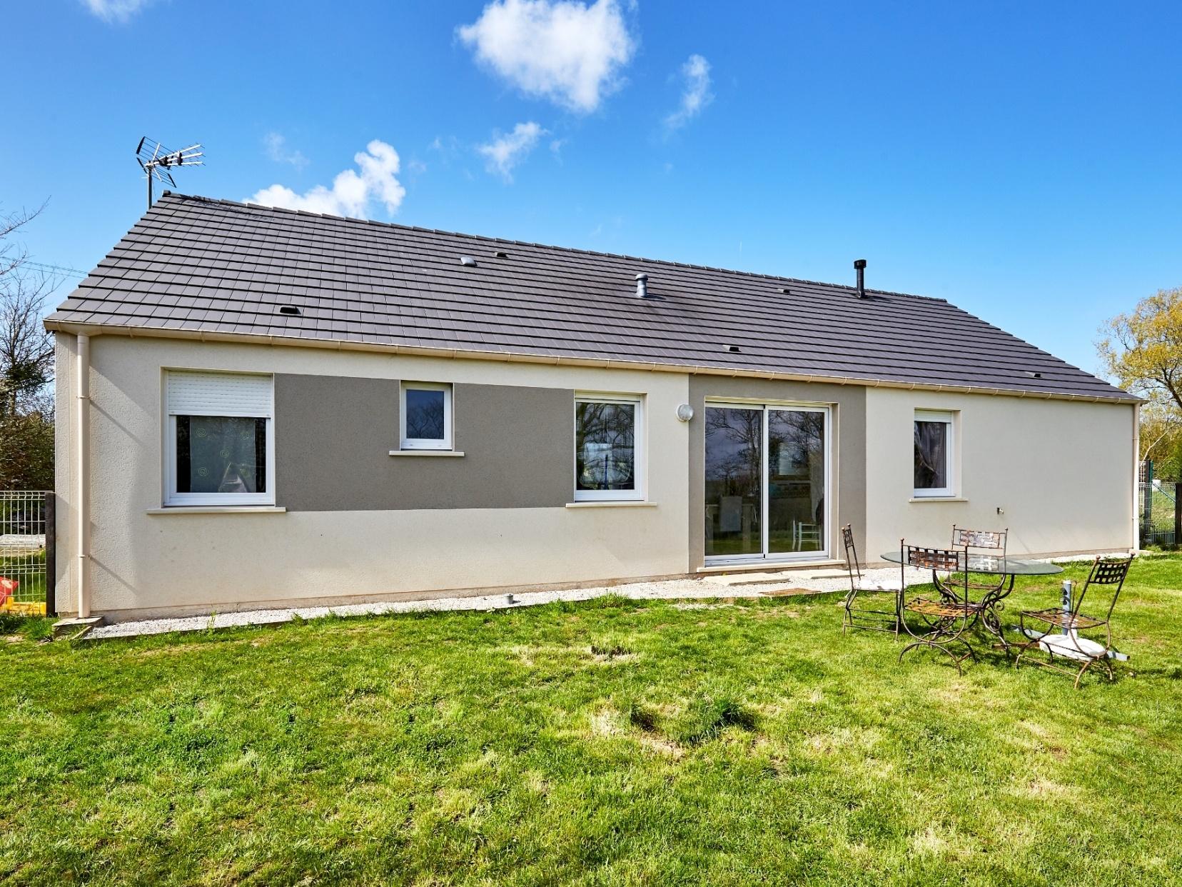 Maisons + Terrains du constructeur Maisons Phénix Le Mans • 100 m² • LA CHAPELLE DU BOIS