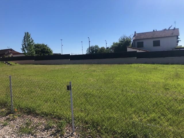 Terrains du constructeur Design Batiment Maximmo • 500 m² • SAINT QUENTIN FALLAVIER