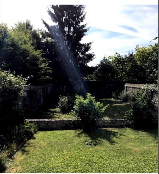 Terrains du constructeur MAISONS FRANCE CONFORT • 378 m² • ORMOY VILLERS