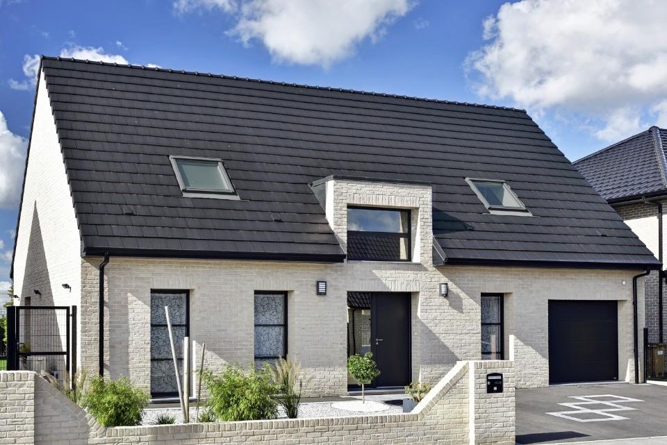Maisons + Terrains du constructeur MAISONS FRANCE CONFORT • 102 m² • PROVIN