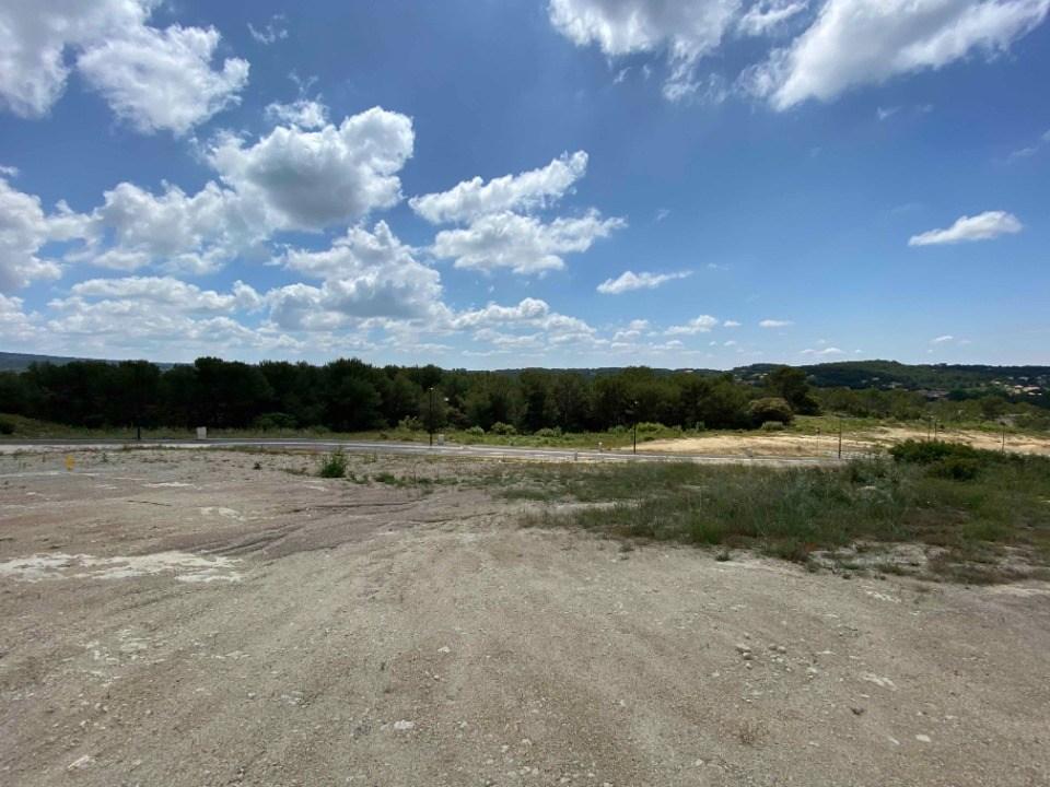 Terrains du constructeur LES MAISONS DE MANON • 439 m² • ROGNES