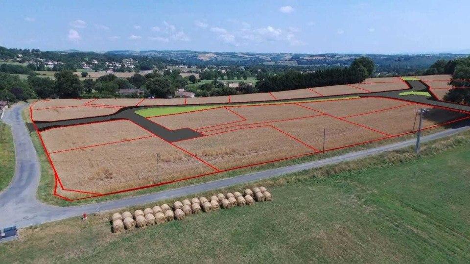 Terrains du constructeur MAISONS FRANCE CONFORT • 730 m² • LOMBERS
