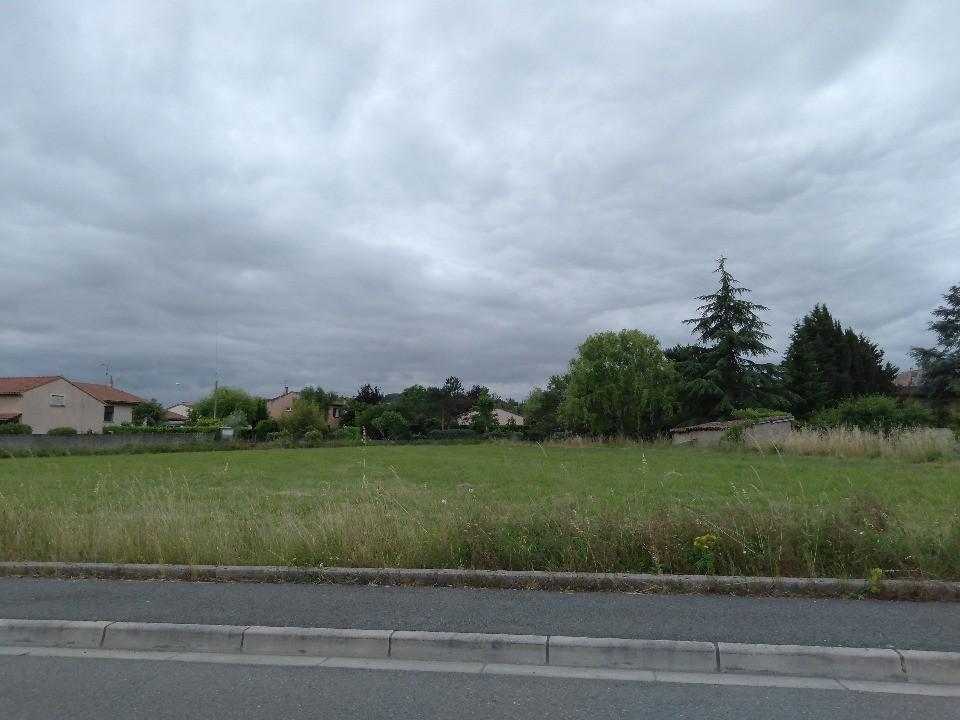 Terrains du constructeur Maisons France Confort • 840 m² • BLAYE LES MINES