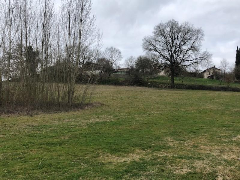Terrains du constructeur MAISONS FRANCE CONFORT • 1356 m² • BERTRE