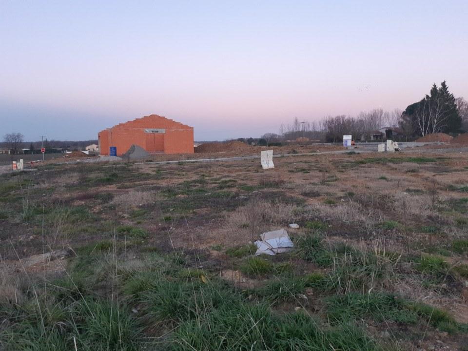 Terrains du constructeur MAISONS FRANCE CONFORT • 519 m² • GIROUSSENS