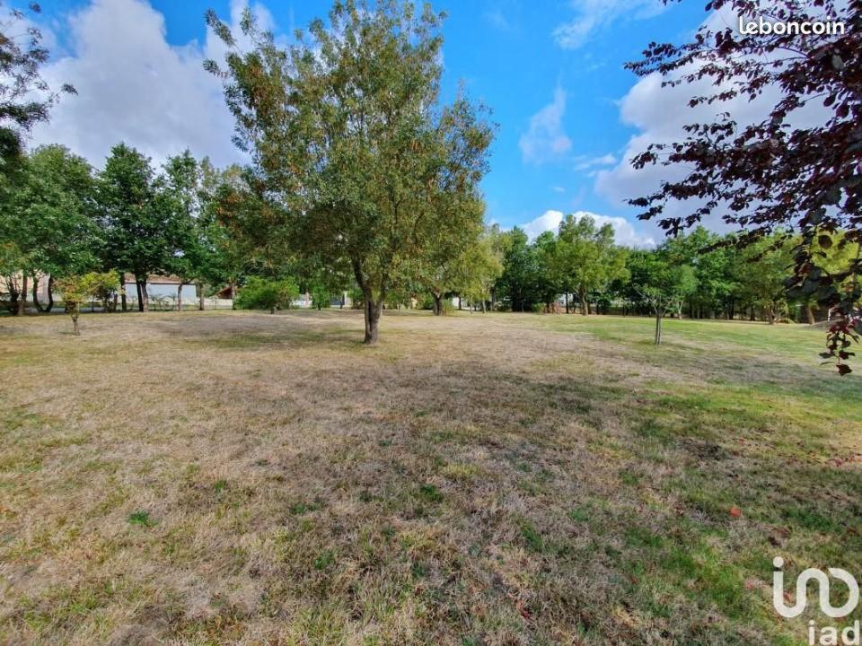 Terrains du constructeur MAISONS FRANCE CONFORT • 1000 m² • LEGUEVIN