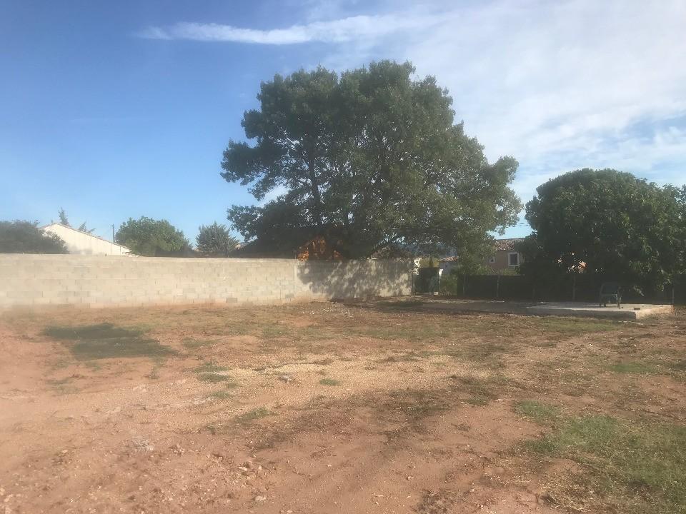 Terrains du constructeur MAISONS FRANCE CONFORT • 700 m² • VIDAUBAN
