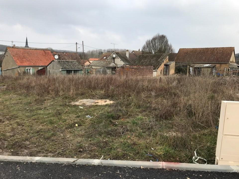 Terrains du constructeur MAISONS FRANCE CONFORT • 457 m² • DREUX