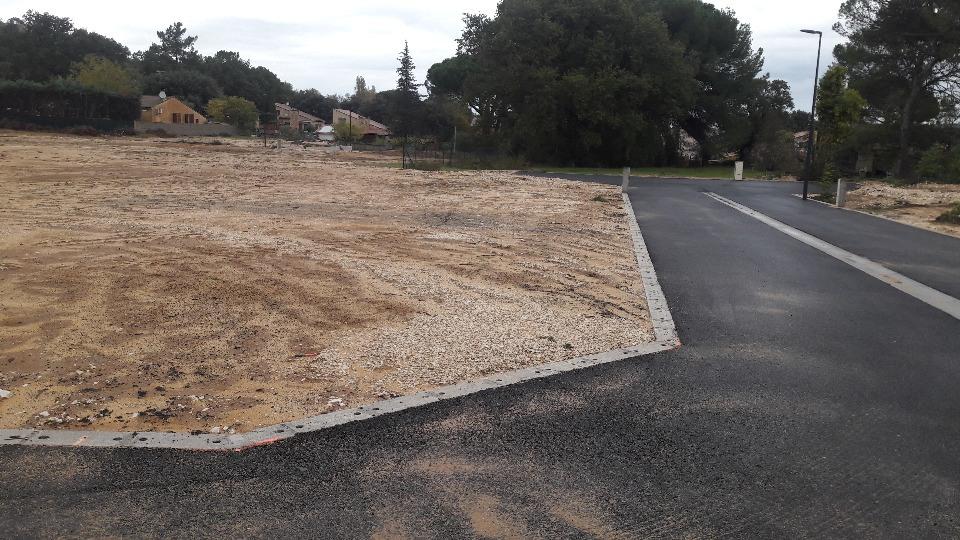 Terrains du constructeur MAISONS FRANCE CONFORT • 720 m² • TRESQUES