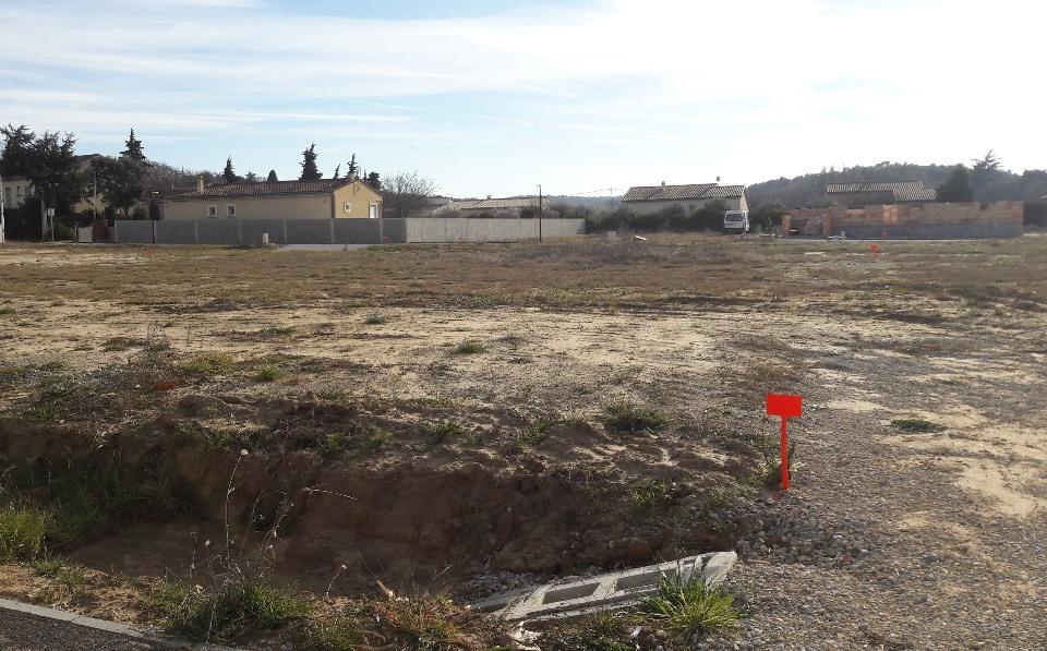 Terrains du constructeur MAISONS FRANCE CONFORT • 800 m² • SAINT PAULET DE CAISSON