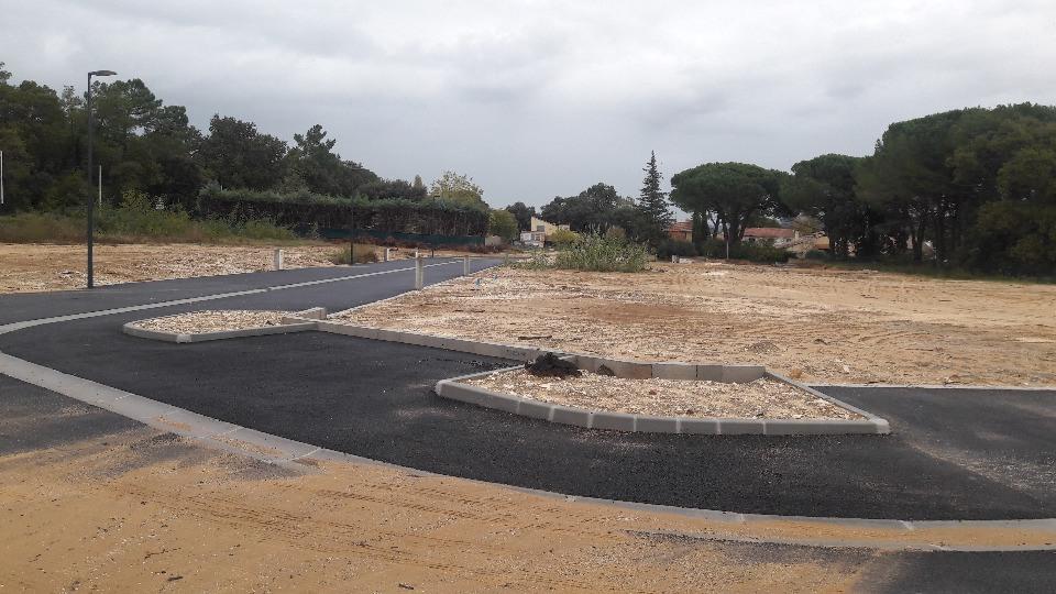 Terrains du constructeur MAISONS FRANCE CONFORT • 705 m² • TRESQUES