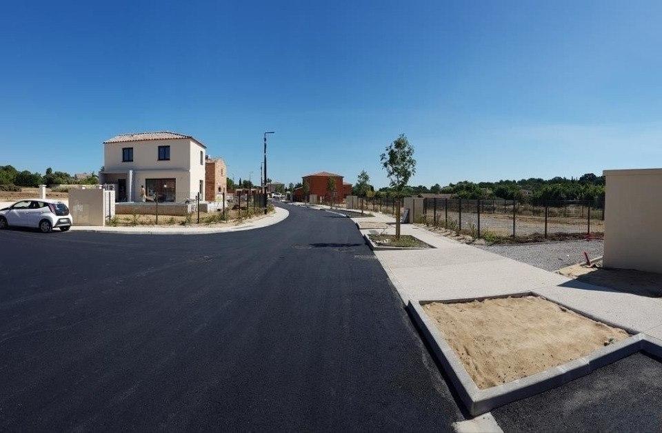 Terrains du constructeur MAISONS FRANCE CONFORT • 337 m² • BAGNOLS SUR CEZE