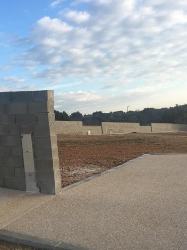 Terrains du constructeur MAISONS FRANCE CONFORT • 400 m² • SAINT GILLES