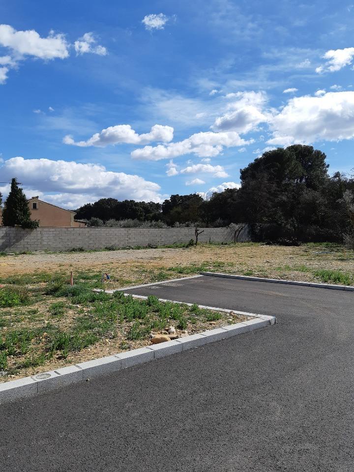 Terrains du constructeur MAISONS DE MANON • 310 m² • ENTRAIGUES SUR LA SORGUE