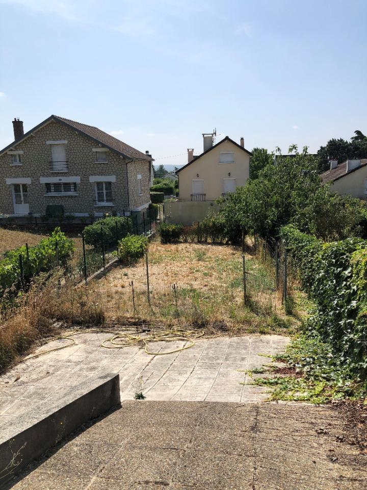 Terrains du constructeur MAISONS FRANCE CONFORT • 236 m² • ANDRESY