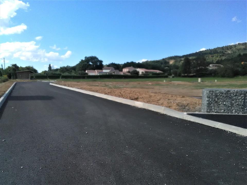 Terrains du constructeur LES MAISONS DE MANON • 842 m² • VOLONNE
