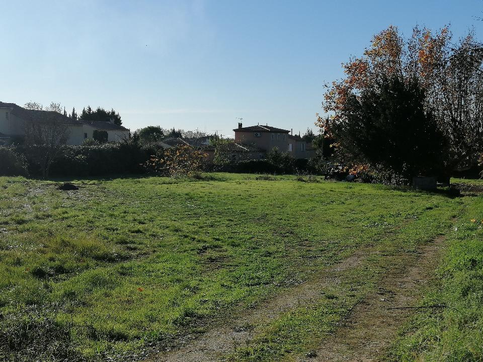 Terrains du constructeur MAISONS FRANCE CONFORT • 391 m² • SALON DE PROVENCE