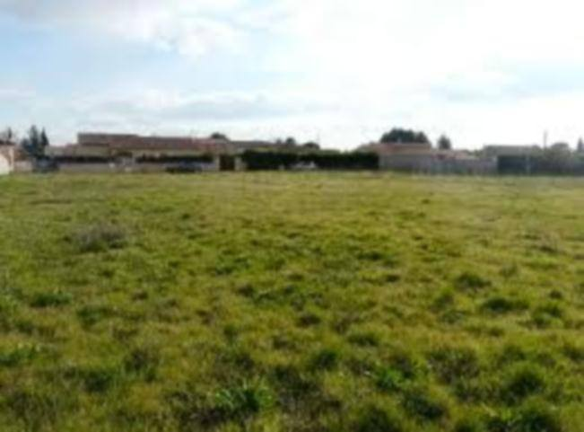 Terrains du constructeur MAISONS FRANCE CONFORT • 650 m² • VAILLY