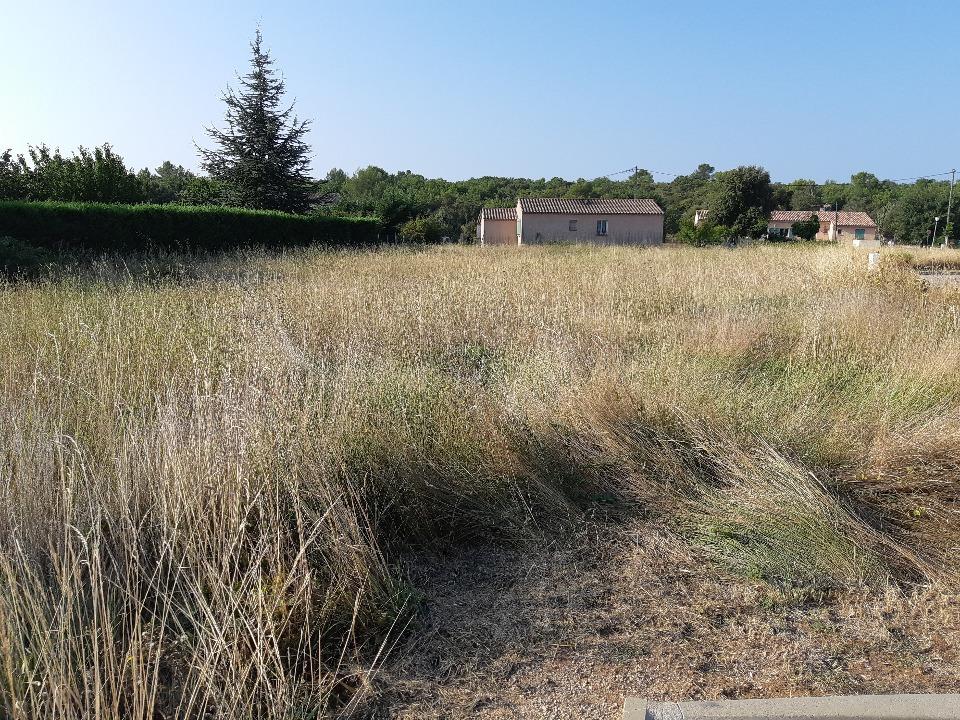 Terrains du constructeur MAISONS FRANCE CONFORT • 700 m² • REGUSSE