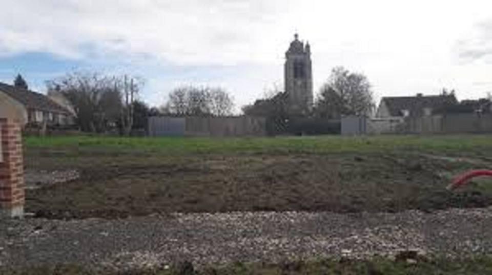Terrains du constructeur MAISONS FRANCE CONFORT • 673 m² • GRANDFRESNOY