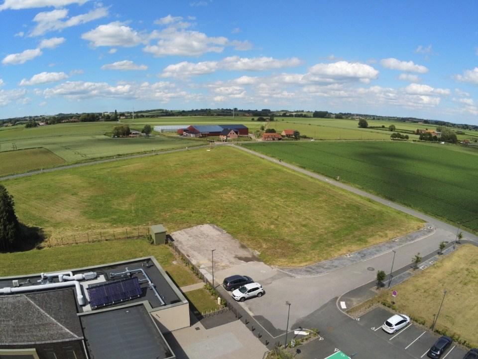 Terrains du constructeur MAISONS FRANCE CONFORT • 360 m² • BOESEGHEM