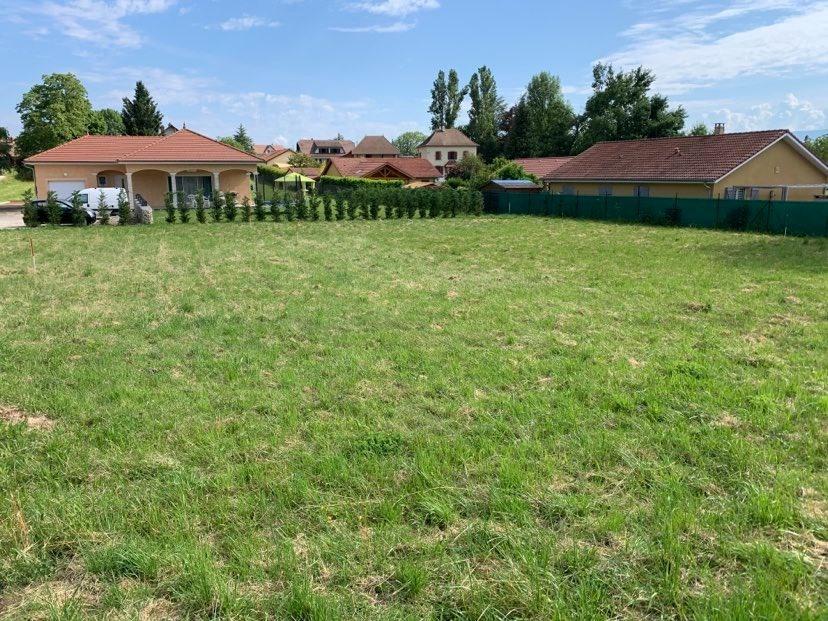 Terrains du constructeur MAISONS FRANCE CONFORT • 540 m² • LES ABRETS