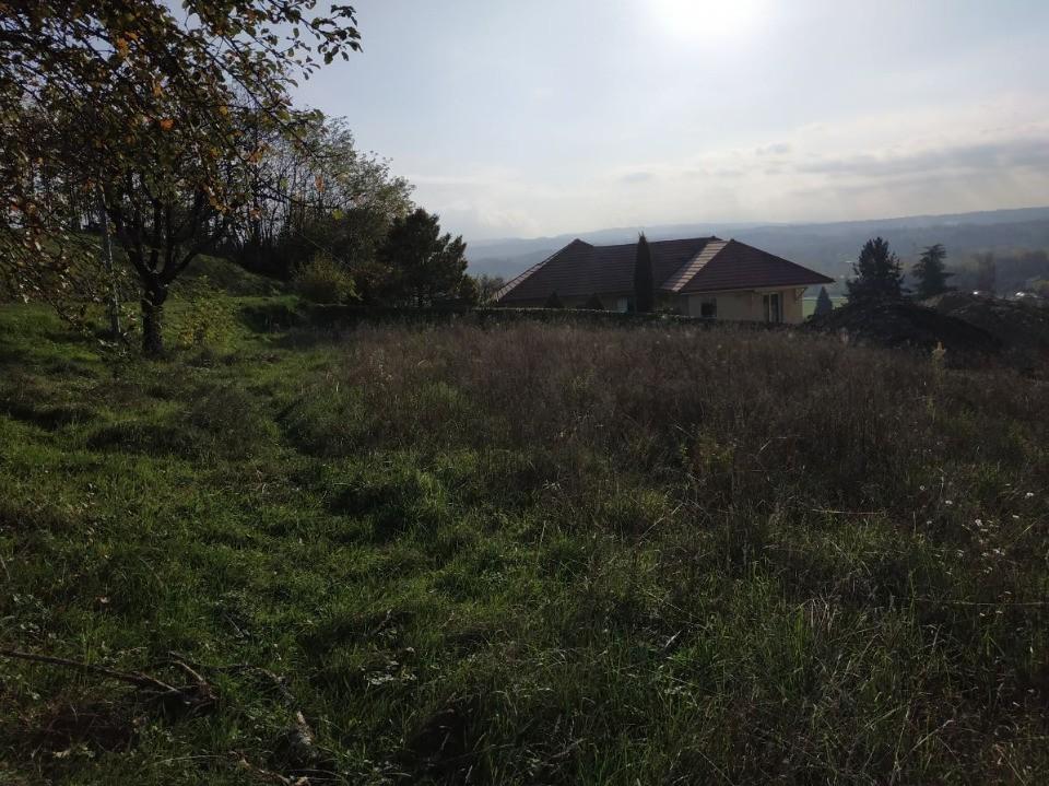 Terrains du constructeur MAISONS FRANCE CONFORT • 874 m² • SAINT GENIX SUR GUIERS