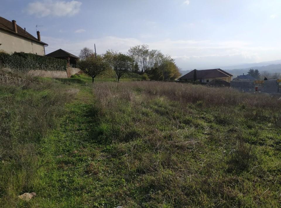 Terrains du constructeur MAISONS FRANCE CONFORT • 837 m² • SAINT GENIX SUR GUIERS