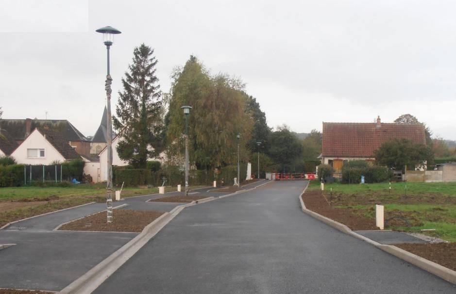 Terrains du constructeur MAISONS FRANCE CONFORT • 710 m² • VERSIGNY