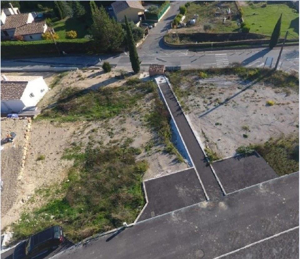 Terrains du constructeur LES MAISONS DE MANON • 760 m² • CABASSE