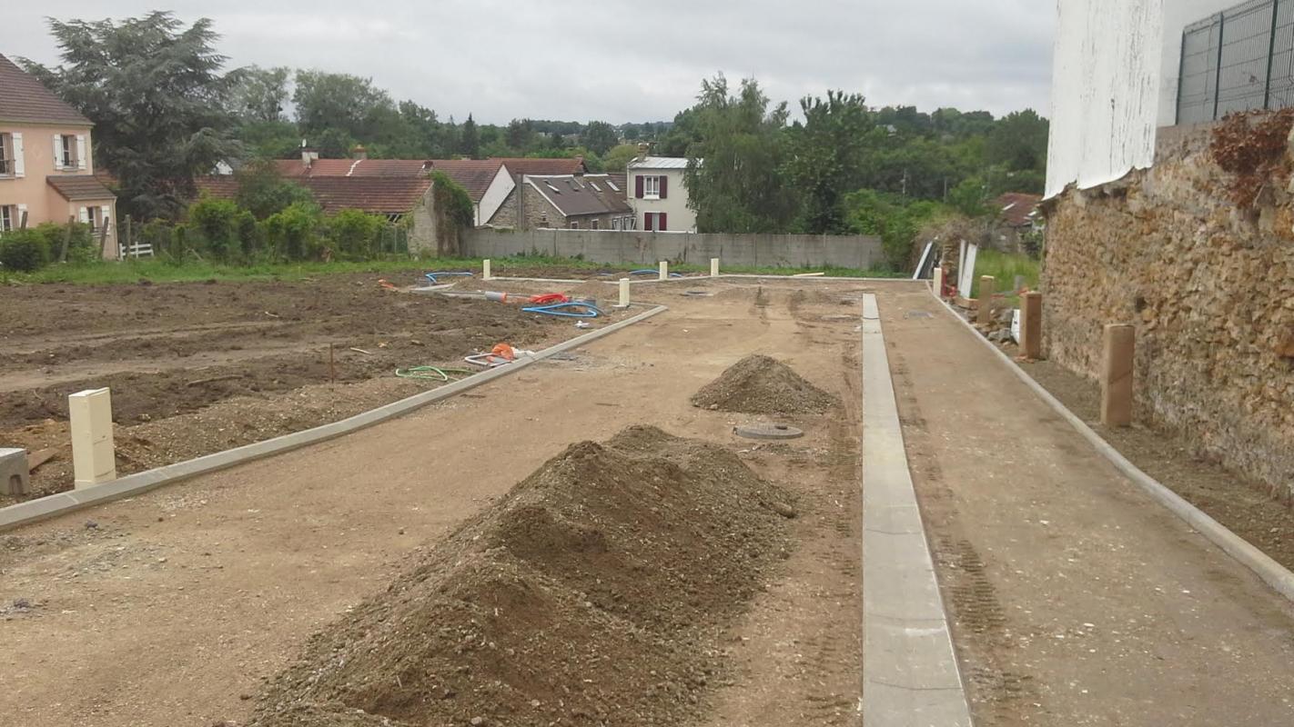 Terrains du constructeur MAISON LOL • 300 m² • BRIE COMTE ROBERT