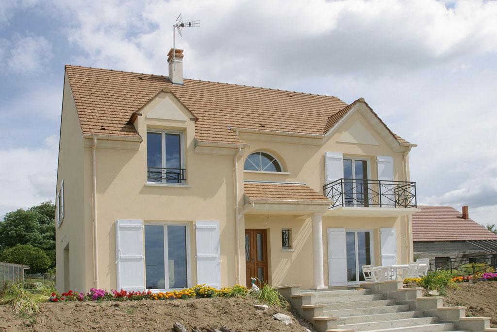 Terrains du constructeur MAISONS ERMI • 250 m² • VIARMES