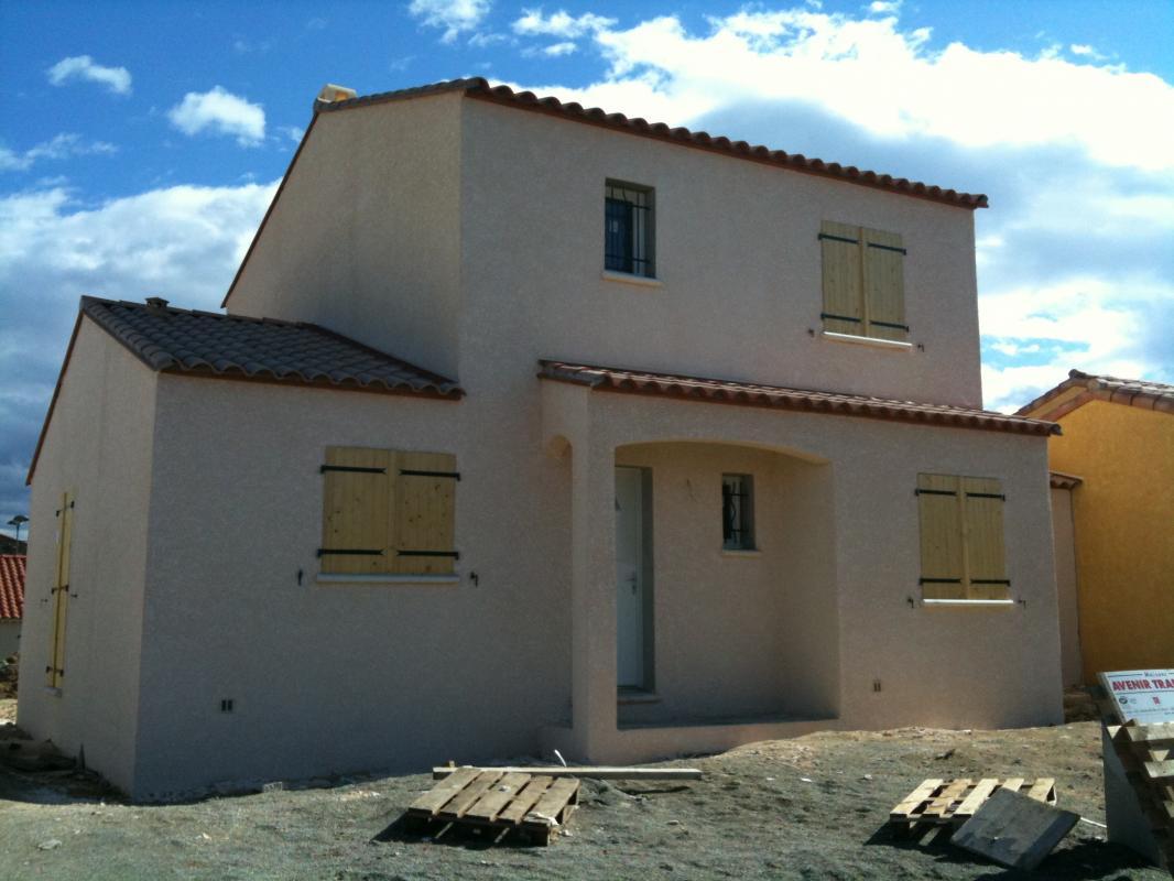 Maisons + Terrains du constructeur AVENIR TRADITION • 90 m² • BOLLENE