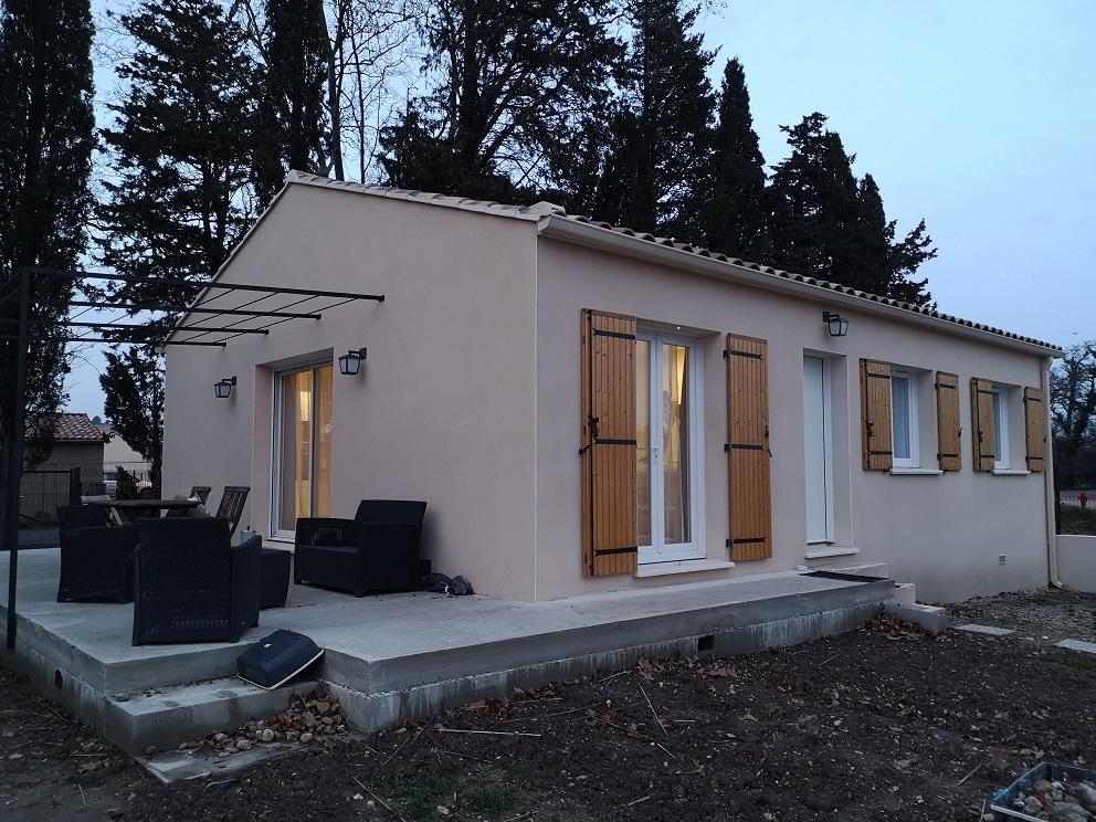 Maisons + Terrains du constructeur AVENIR TRADITION • 80 m² • COURTHEZON