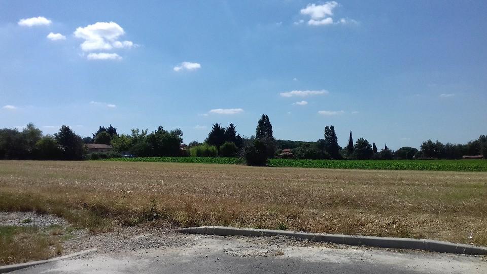 Terrains du constructeur MAISONS FRANCE CONFORT • 351 m² • ROQUESERIERE