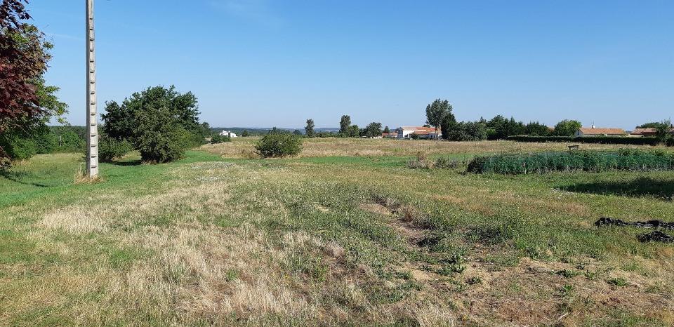 Terrains du constructeur MAISONS FRANCE CONFORT • 427 m² • SAINT LOUP CAMMAS