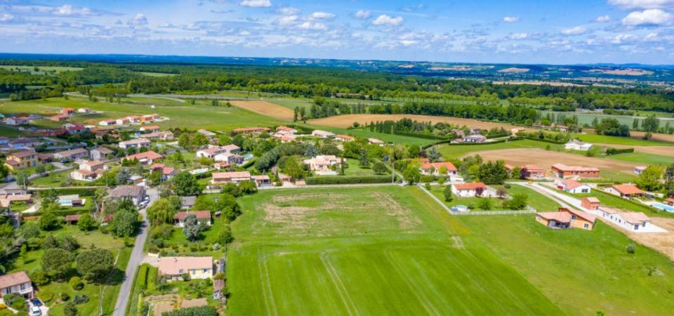 Terrains du constructeur MAISONS FRANCE CONFORT • 1055 m² • MONTASTRUC LA CONSEILLERE