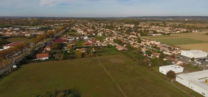 Terrains du constructeur MAISONS FRANCE CONFORT • 492 m² • GRENADE