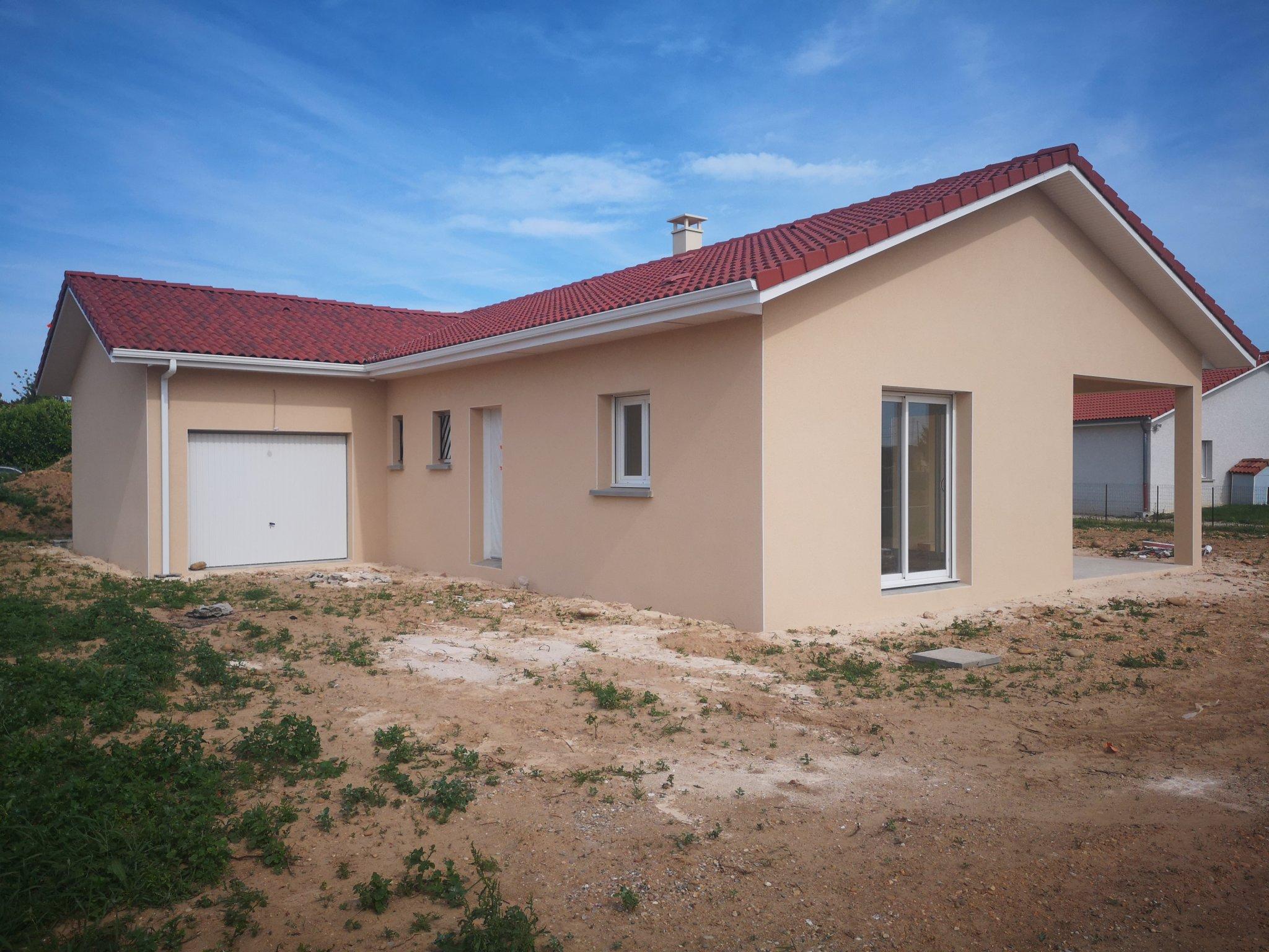 Maisons du constructeur HOME GROUP CONSEILS • 80 m² • VERNIOZ