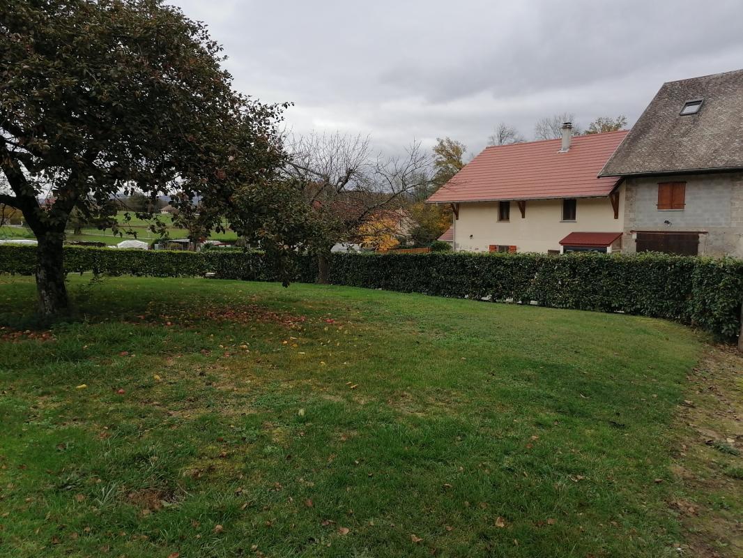 Terrains du constructeur MAISONS ALAIN METRAL • 650 m² • BLOYE