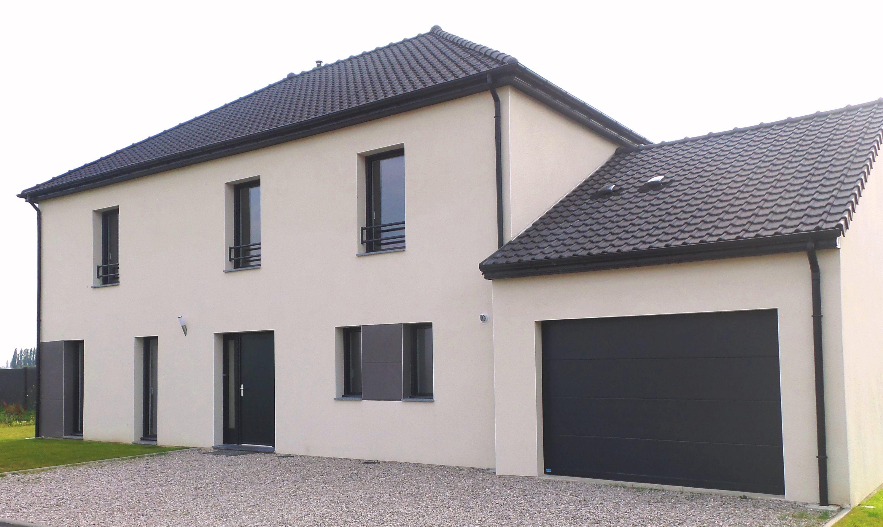 Maisons + Terrains du constructeur MAISON FAMILIALE MAREUIL LES MEAUX • 140 m² • GUIGNES