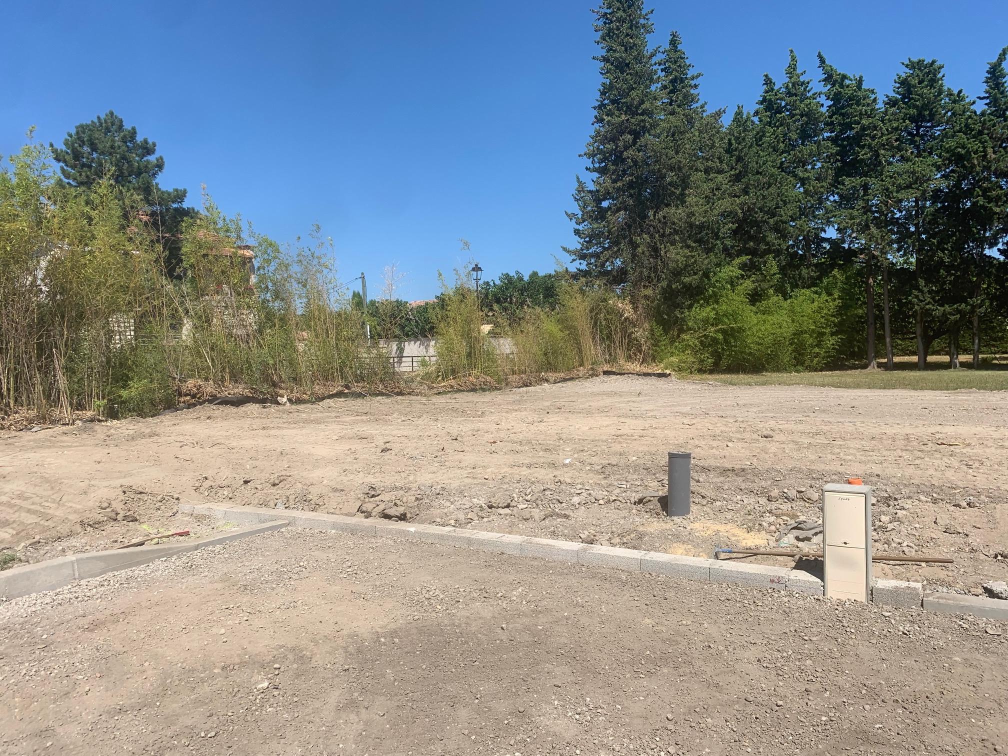 Terrains du constructeur MAS PROVENCE • 500 m² • RAPHELE LES ARLES