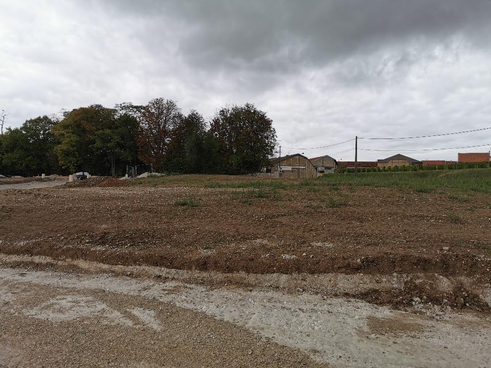 Terrains du constructeur MAISONS FRANCE CONFORT • 443 m² • CERNAY LES REIMS