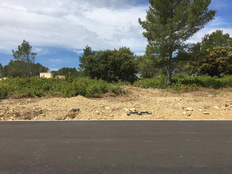 Terrains du constructeur MAISONS FRANCE CONFORT • 300 m² • CALVISSON