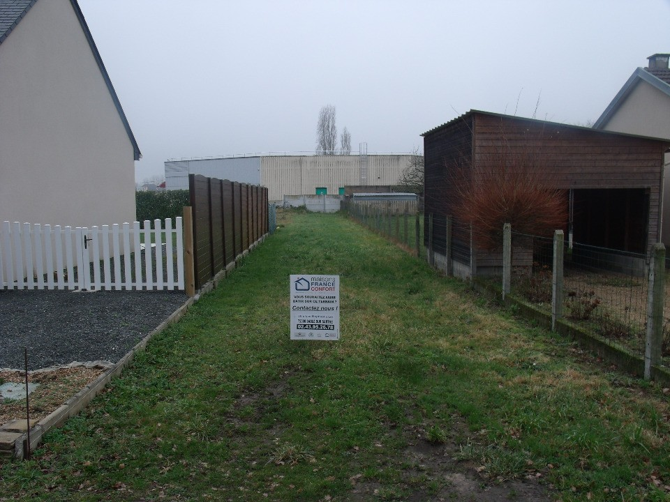 Terrains du constructeur Maisons France Confort-maisons-france-confort • 1070 m² • LA FLECHE