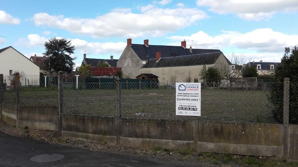 Terrains du constructeur Maisons France Confort-maisons-france-confort • 620 m² • LUCHE PRINGE