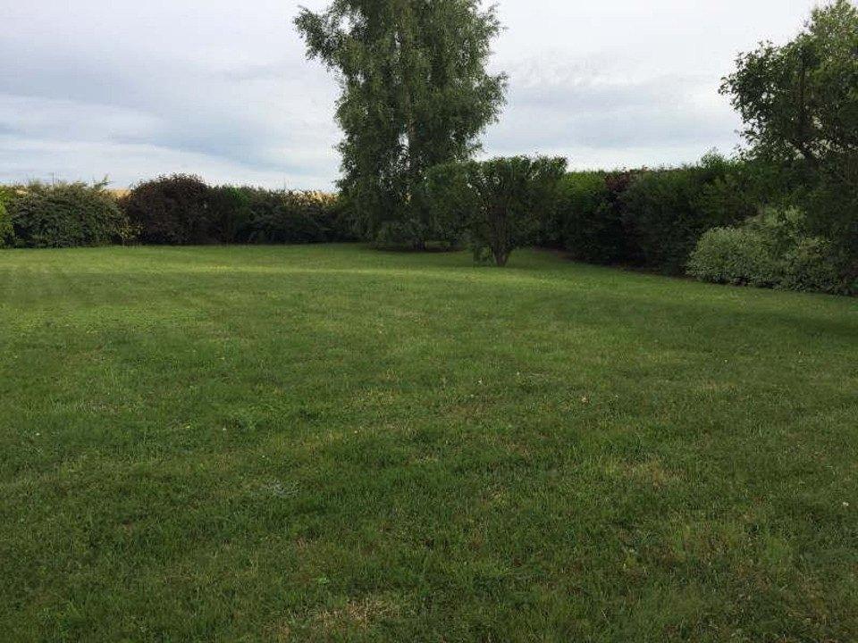 Terrains du constructeur MAISONS FRANCE CONFORT • 339 m² • HOUDAN